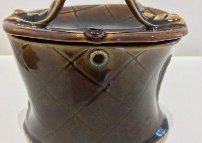 Amber Curvy Jar